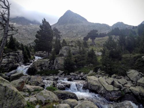 Traversee des Pyrenees par la HRP en 19 jours 2014